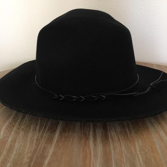 47f43701eb3 Ecote Accessories - Ecote Black Structured Wool Hat